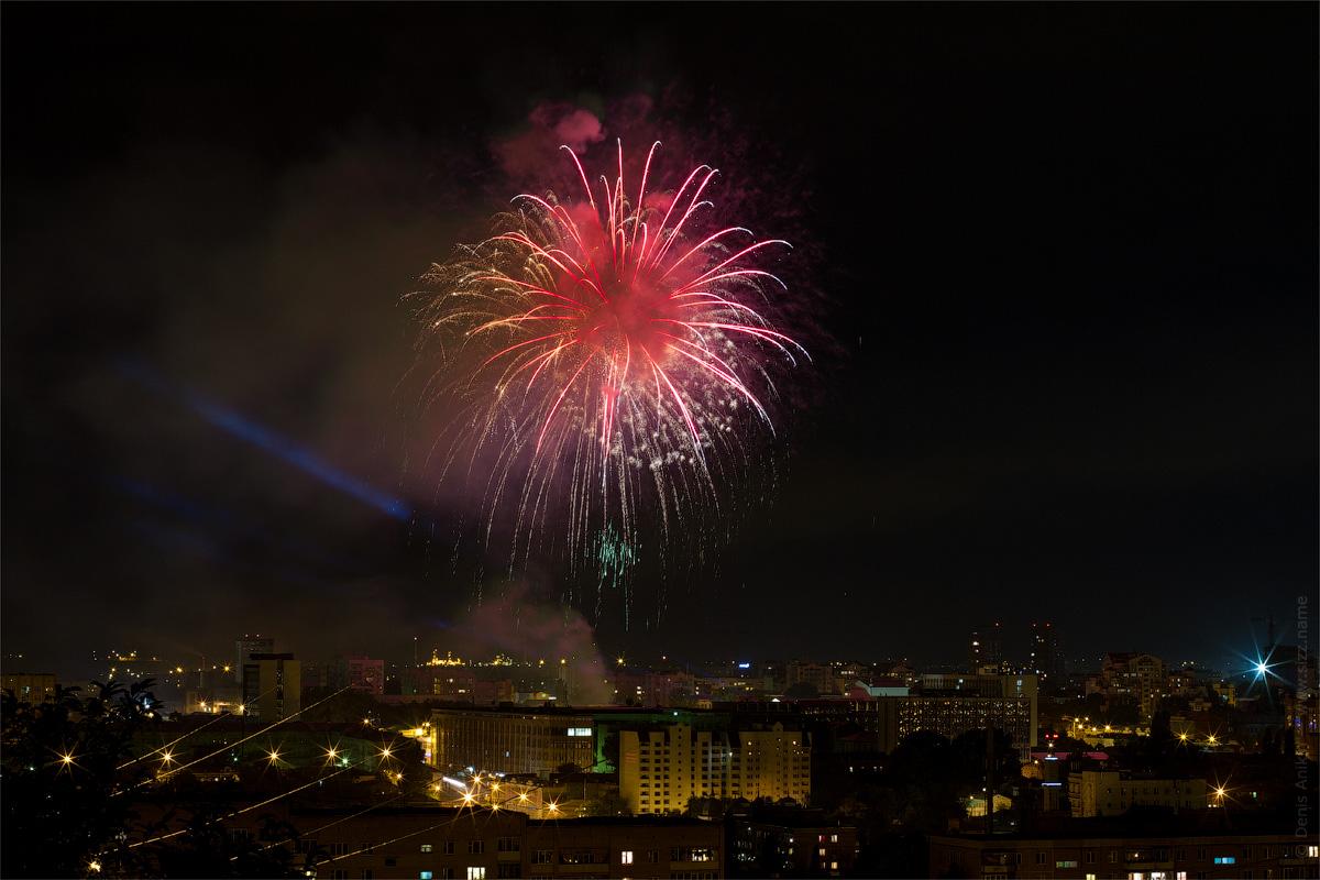 фейерверк в Саратове на день города