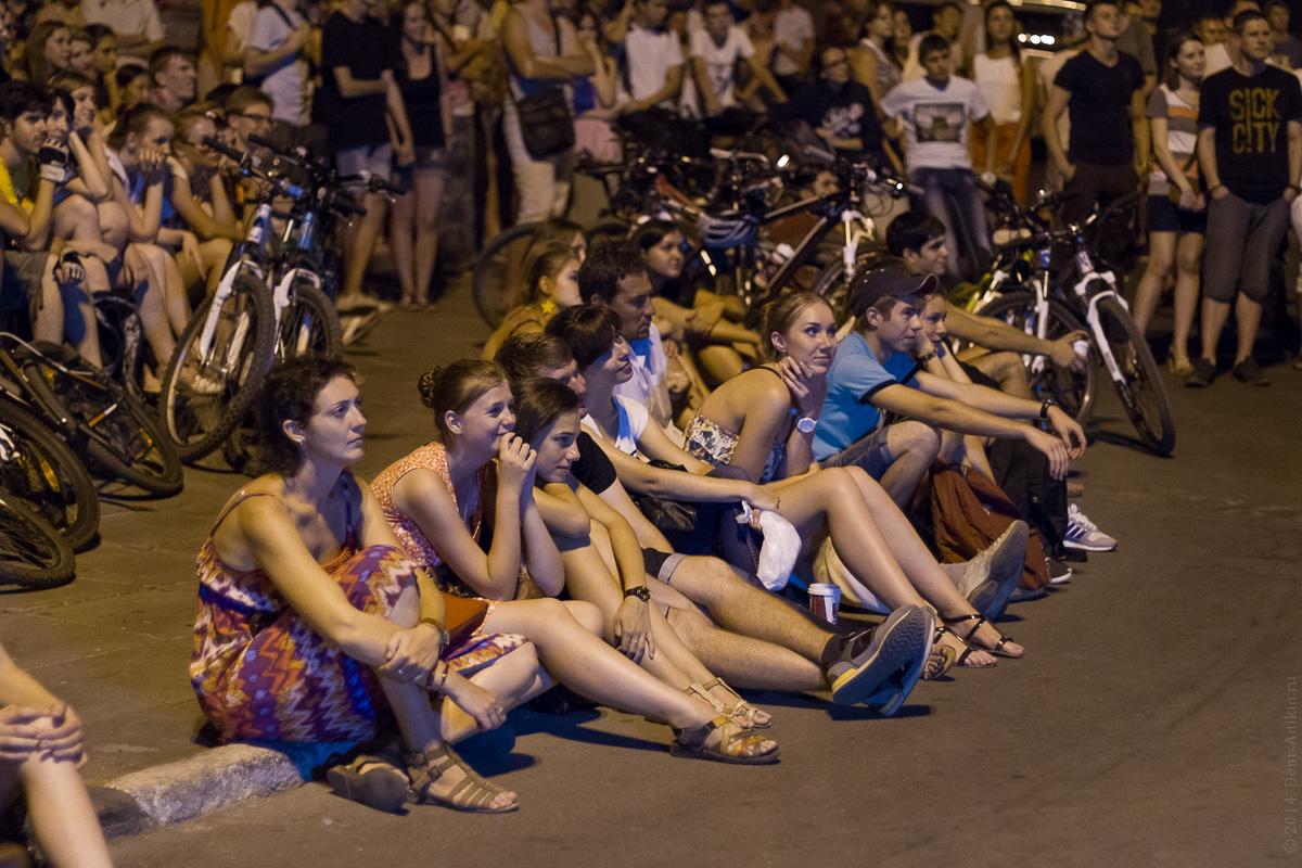 Фестиваль уличного кино в Саратове 15.08.2014 фото 13