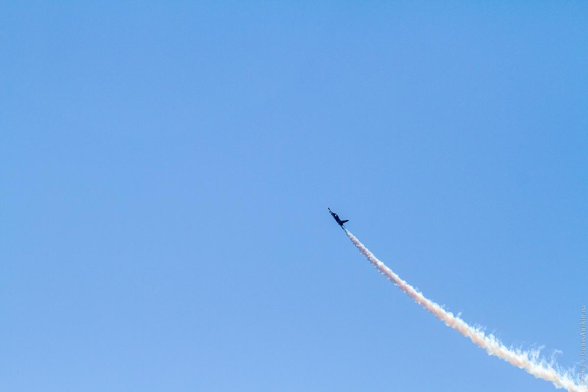 Выступление пилотажной группы Русь в Саратове фото 1