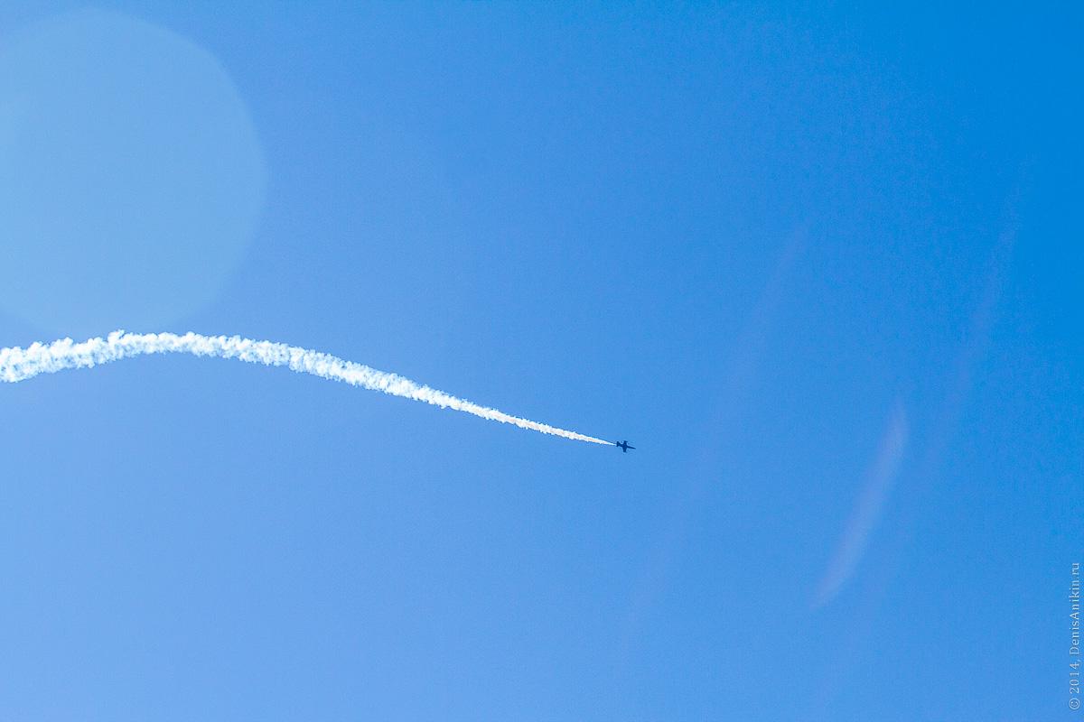 Выступление пилотажной группы Русь в Саратове фото 2