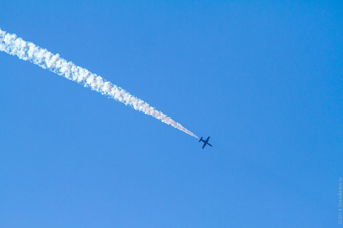 Выступление пилотажной группы Русь в Саратове фото 3