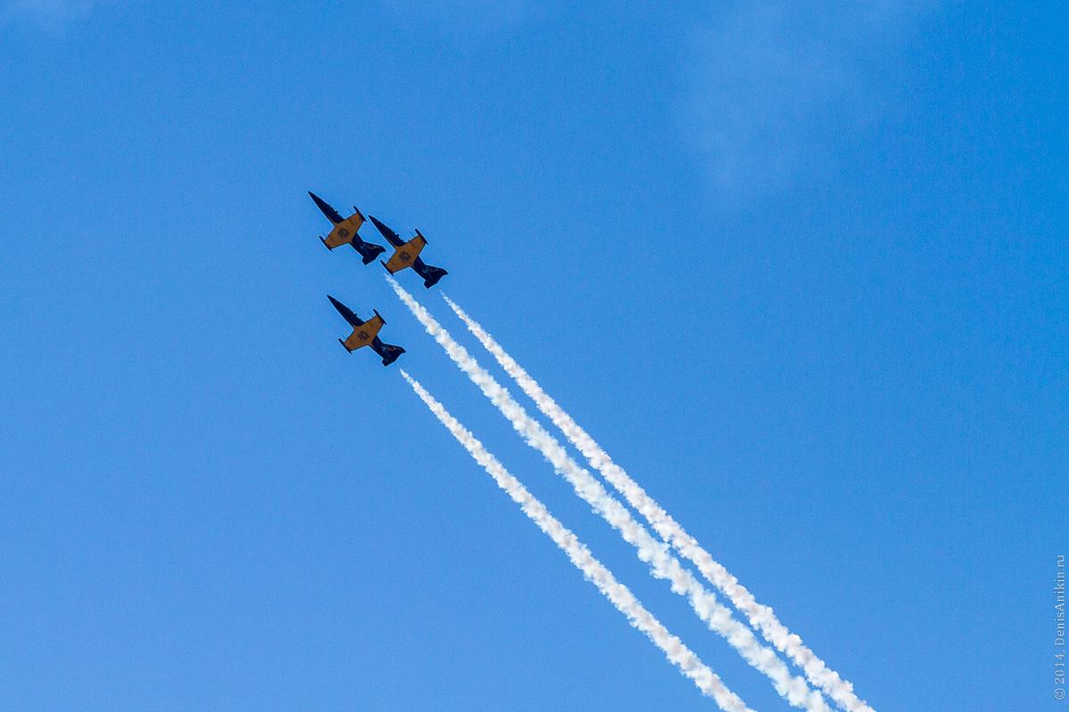 Выступление пилотажной группы Русь в Саратове фото 7