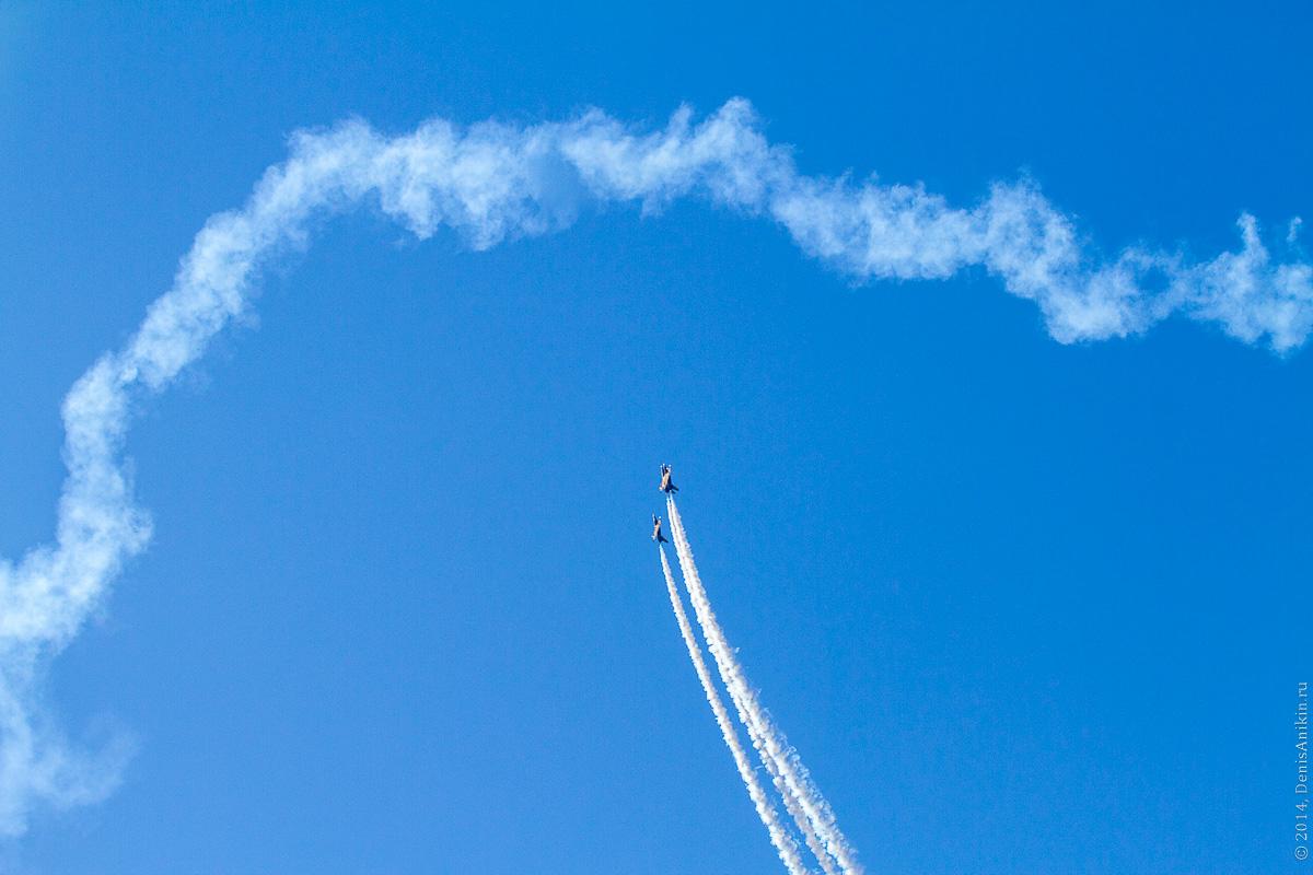 Выступление пилотажной группы Русь в Саратове фото 8