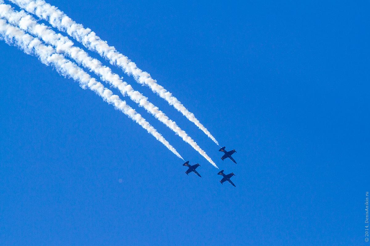 Выступление пилотажной группы Русь в Саратове фото 9