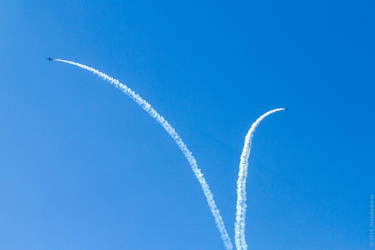 Выступление пилотажной группы Русь в Саратове фото 23
